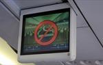 Phạt hai hành khách hút thuốc trên máy bay mỗi người 4 triệu đồng