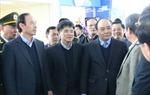 Phó Thủ tướng Nguyễn Xuân Phúc kiểm tra công tác đảm bảo an ninh, phục vụ hành khách dịp cao điểm Tết Nguyên đán tại Cảng HKQT Nội Bài