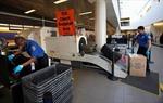 TSA có quyền kiểm tra an ninh hành lý ký gửi khi vắng mặt hành khách