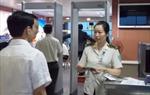 Cấm bay 12 tháng vì không nộp phạt hành chính