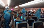 Bắt buộc hành khách phải đeo khẩu trang đúng cách trong suốt thời gian trên máy bay, khi làm thủ tục, trong thời gian ở sân bay.