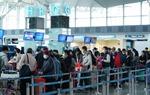 Chú trọng việc đeo khẩu trang tại các cảng hàng không và các khu vực công cộng, nơi tập trung đông người.