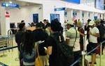 Hành khách cung cấp thông tin theo mẫu cho các hãng hàng không khi tham gia chuyến bay
