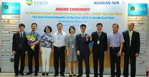 Vietnam Airlines đạt giải chất lượng dịch vụ tốt nhất khu vực Đông Nam Á cho dịch vụ mặt đất Tân Sơn Nhất
