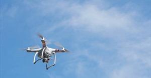 Canada siết chặt quy định về sử dụng thiết bị bay không người lái