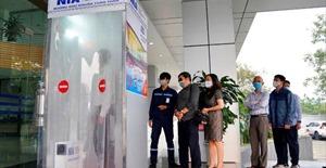 Trung tâm dịch vụ kỹ thuật hàng không Nội Bài tự sản xuất và vận hành buồng khử khuẩn toàn thân