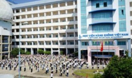 Bộ trưởng Đinh La Thăng làm việc với Học viện hàng không Việt Nam